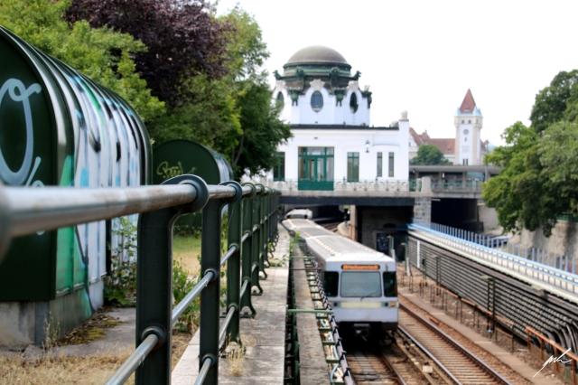 u4 metro in vienna
